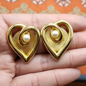 🌈 Vintage matte gold Abstract heart love pearl